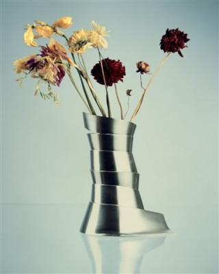 Váza stříbro